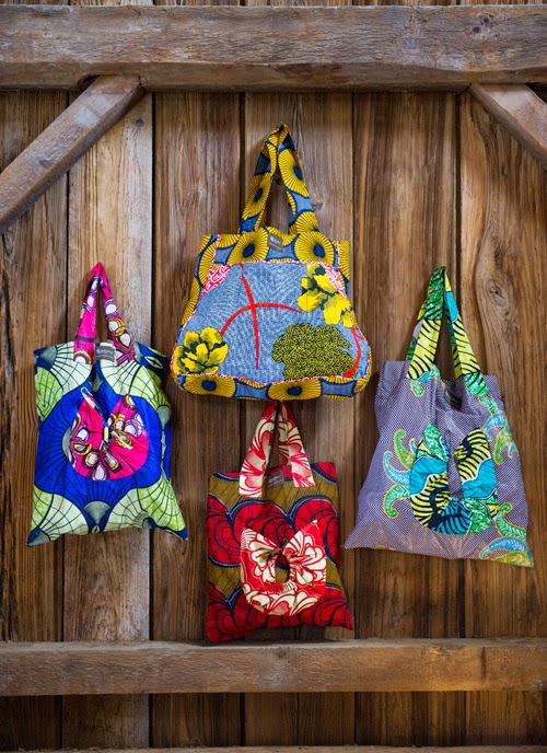 https://www.amandacobb.noondaycollection.com/bags/market-tote-bag