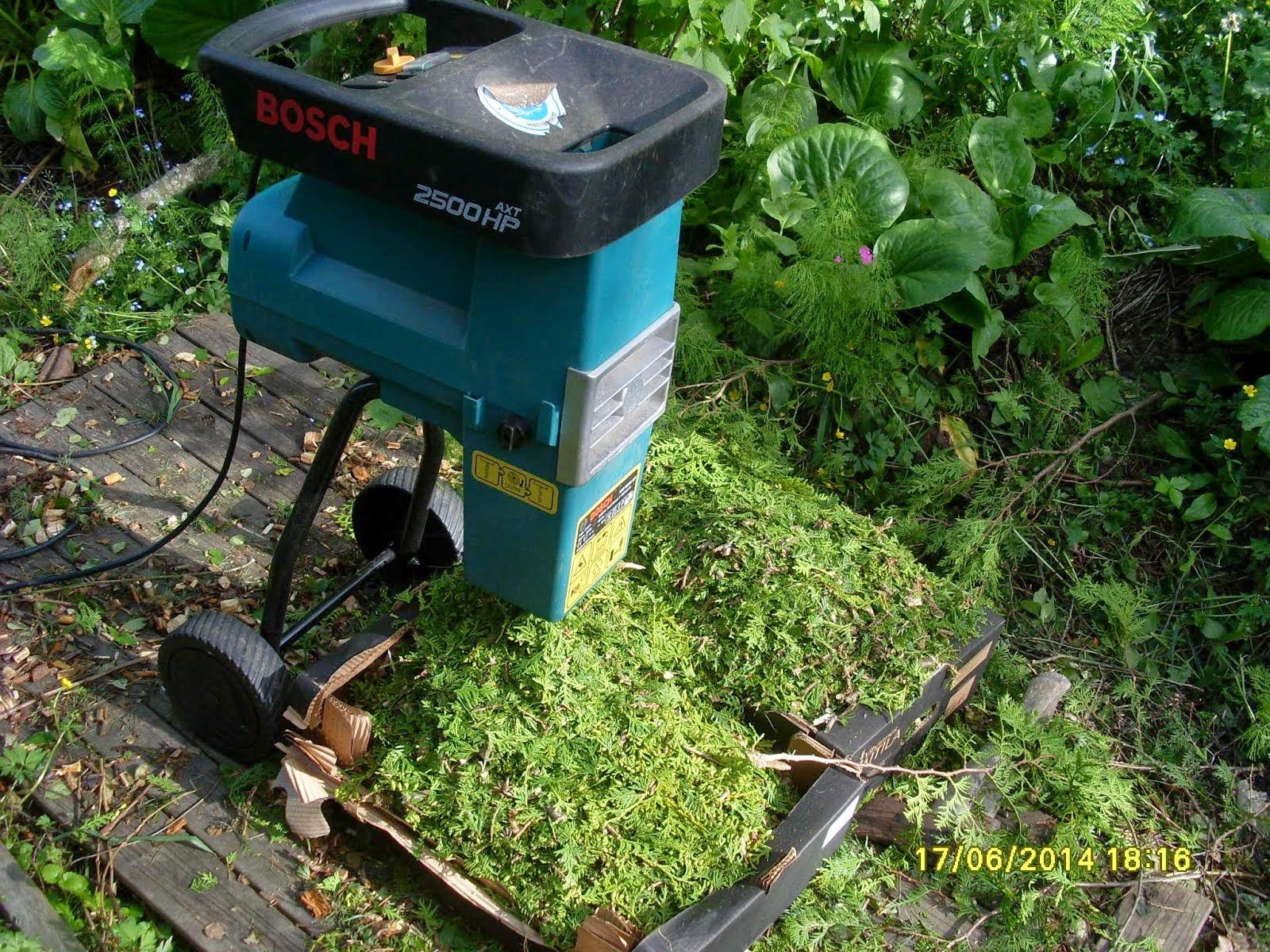 Pihatyö Tampere Pirkanmaa tarjoaa pihapalveluita puiden kaadoista nurmikonhoitoihin