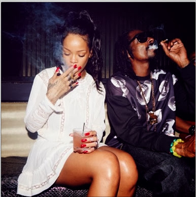 Spotted | Rihanna Spotted With Snoop Dogg Having A Smoke