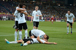 Sami Khedira Mesut zil schwul Mats Hummels