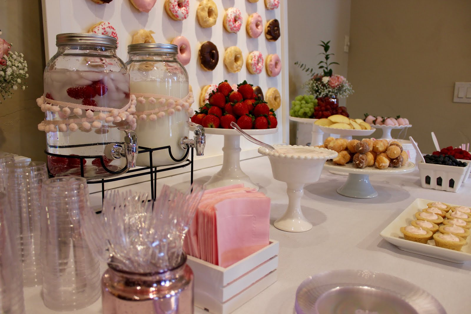 The andelins pretty in pink bridal shower for Where can i find wedding decorations