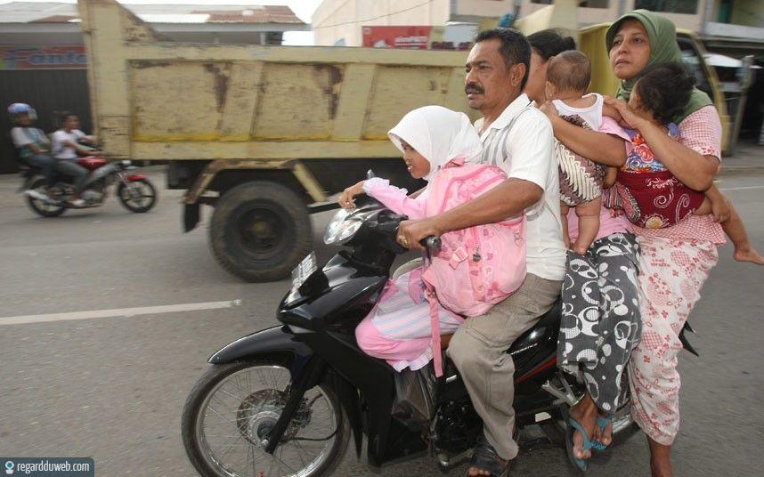 Fete des grands meres en scooter  Carte fête des grand mères humour par La