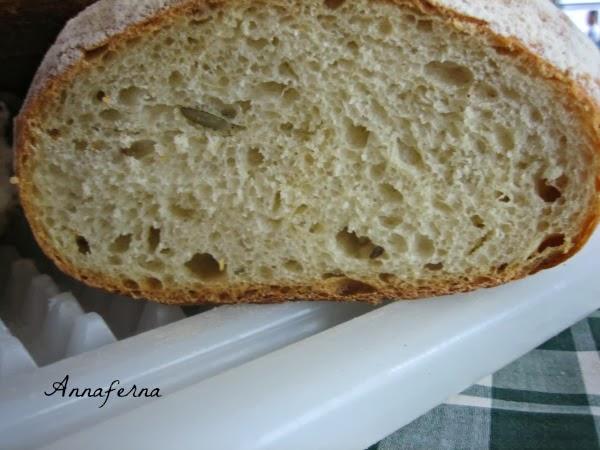 pane con autolisi e li.co.li. con semola sen. cappelli e farina di farro