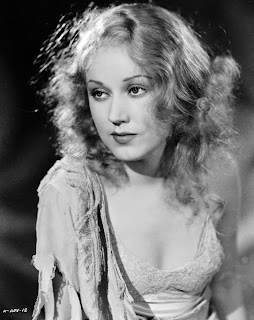 Vintage black and white photo of actress Fay Wray.