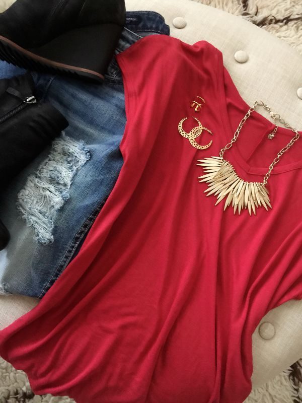 Fall fashion - Halogen side slit double v-neck tee with distressed jeans, statement necklace and wedge booties