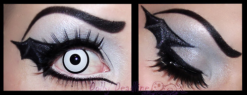 Bat Eye Makeup Halloween Theme