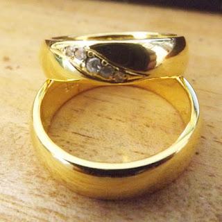 cincin kawin emas