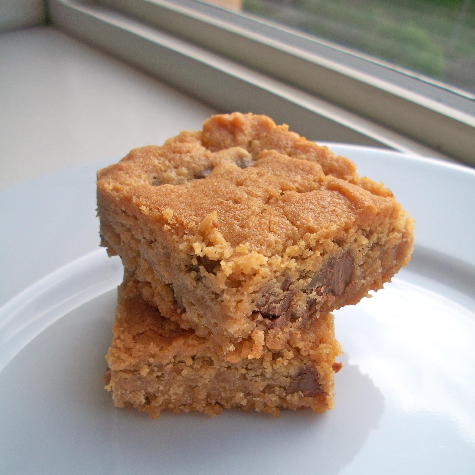 Brooke Bakes : Gluten-free Peanut Butter Chocolate Chip ...