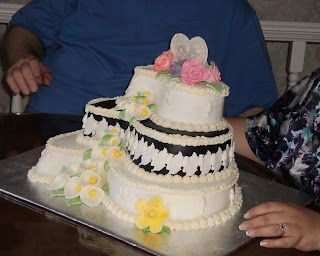 Another view of the anniversary cake made by Barbara Jackson. Photo by A Tirolese