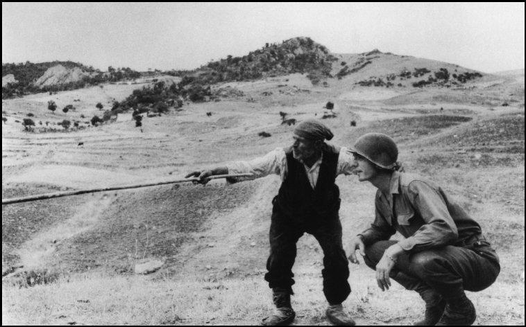 2 WW Sicilia Robert Capa