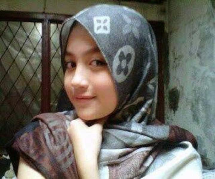 Nabilah JKT48 Cantik Menawan Dengan Berjilbab (Foto ...