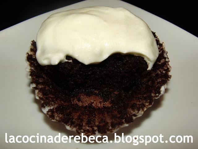 Cupcake Guinness (de cerveza negra o Guinness stout chocolate cupcake)