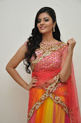 sri mukhi glam pix in half saree-thumbnail-7