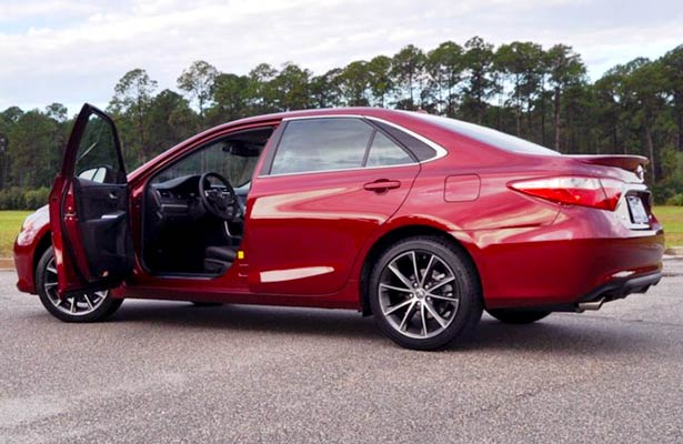 2017 toyota camry xse v6 sedan review toyota camry review