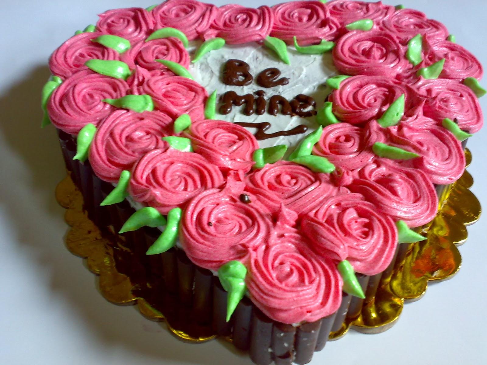 Toko kue valentin di padang