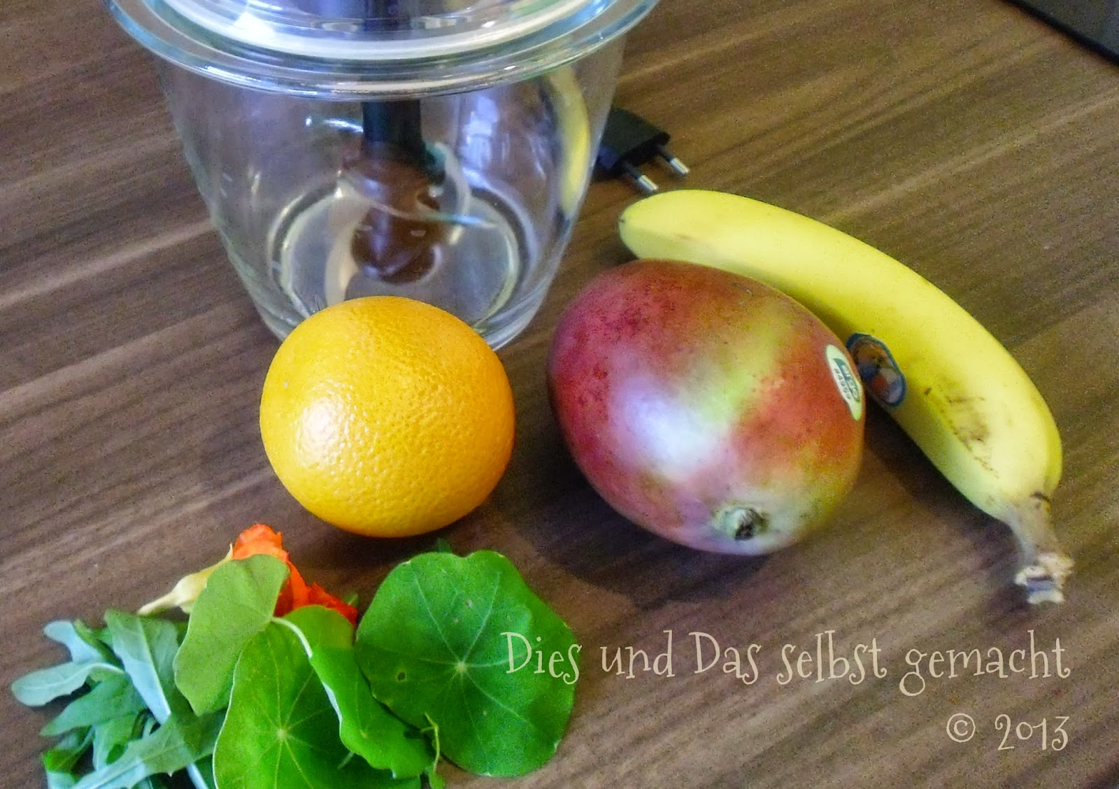dies und das selbst gemacht gr ner smoothie. Black Bedroom Furniture Sets. Home Design Ideas