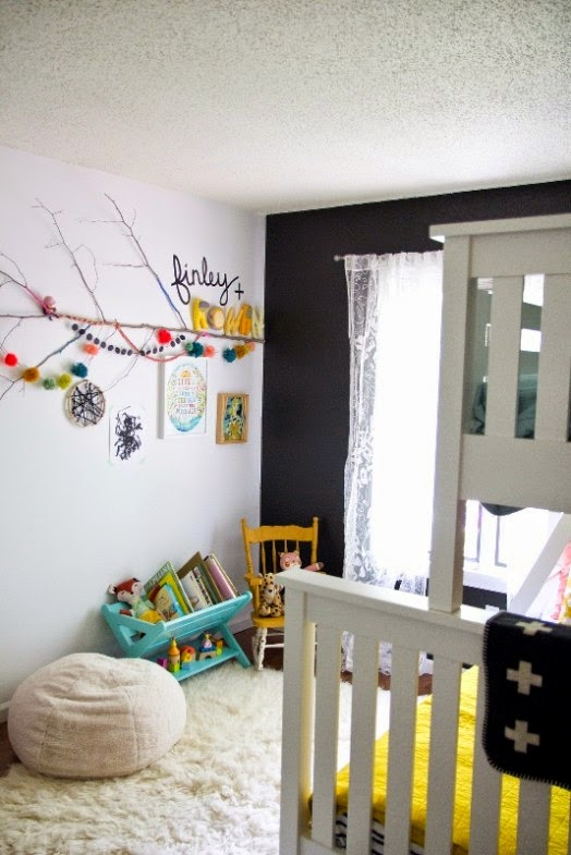 Diseño de dormitorios compartidos para niñas con colores neutros y ...