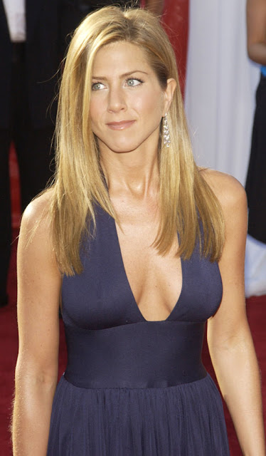 Azelia For Fashion Blog: Jennifer Aniston Jennifer