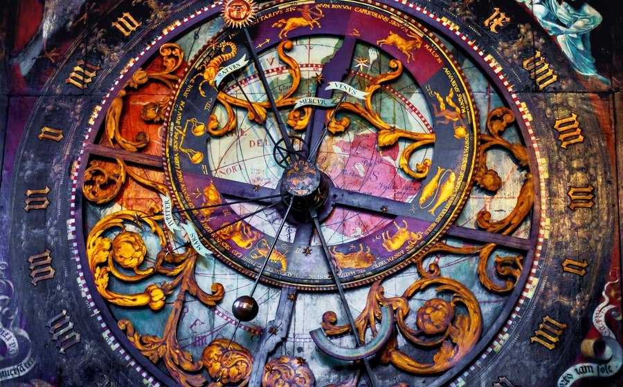 Магические часы в июне