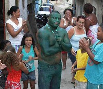 paulo hulk en su barrio