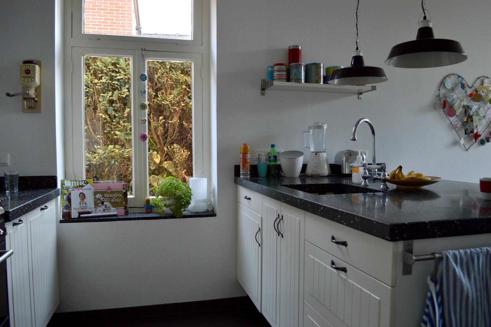 Ellebel nieuwe lik verf - Verf keuken lichtgrijs ...