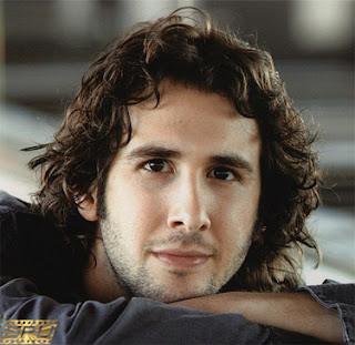 Biography of Josh Groban