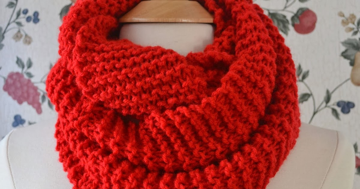 Chronicles of a Knaptime Knitter: FREE KNITTING PATTERN Basic Knit Infinity Cowl