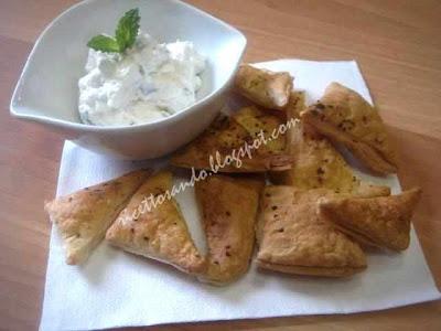 Sfogliatine alle erbe ricetta fingerfood