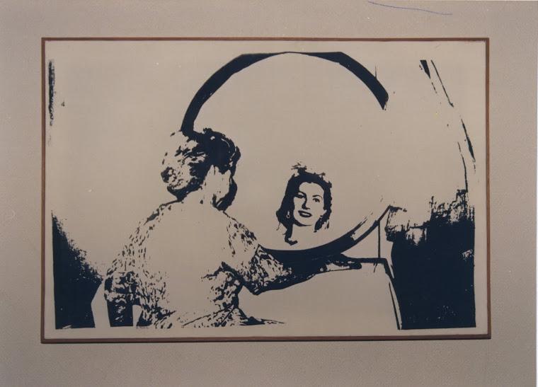 ARTISTA DO MÊS DE AGOSTO, 2011: ÉRIKA TURK,