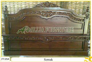 Tempat tidur ukiran kayu jati Semak