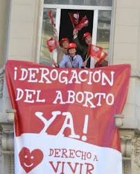 """Vida s, vida s, aborto no, aborto no""."