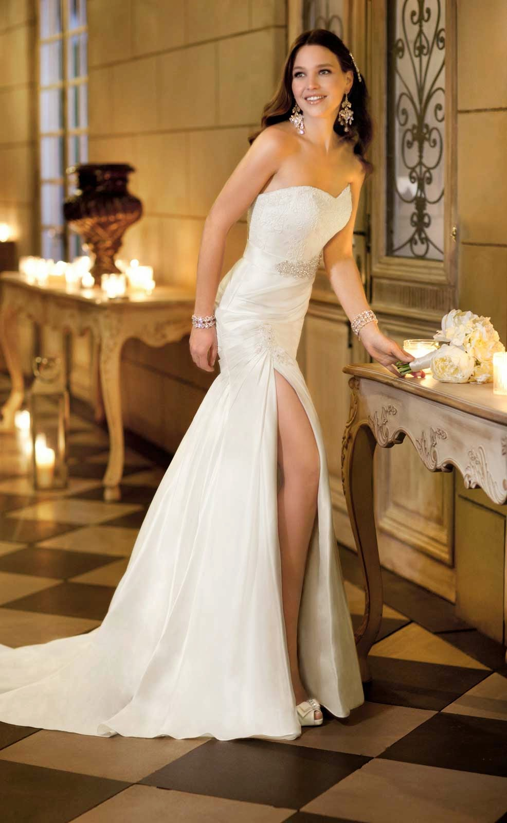 Simple White Wedding Dresses Concepts Ideas Photos HD
