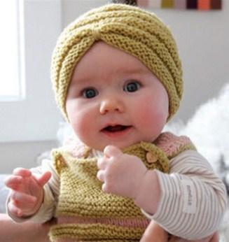 Foto Anak Bayi Perempuan Yang Lucu