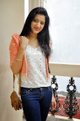 Richa Panai latest photo shoot-thumbnail-9