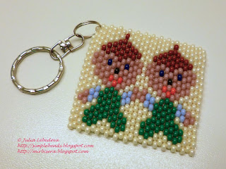 Brick stitch: Keychain with Gemini (Zodiac sign)