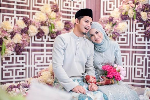 16 Gambar Pernikahan Hairul Azreen - Hanis Zalikha