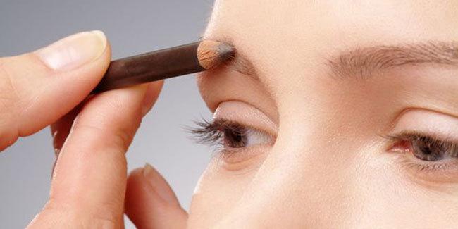 Eyebrow Tutorial ( Cara Buat Alis ) | My Eyebrow Routine | IRNA DEWI