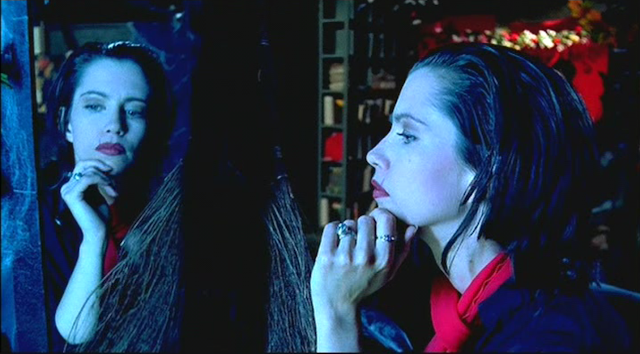 AMERICAN NIGHTMARE (2002): Debbie Rochon as Jane Toppan