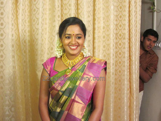 Ananya in Kerala Traditional Gold Necklace - Jewellery Designs