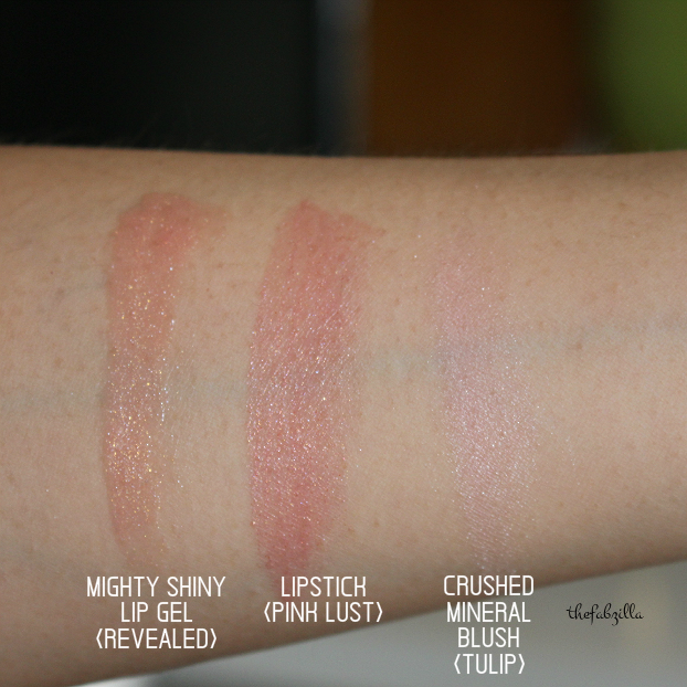 pantone 2016 makeup, youngblood pressed mineral eyeshadow quad, review, swatch, youngblood might shiny lip gel