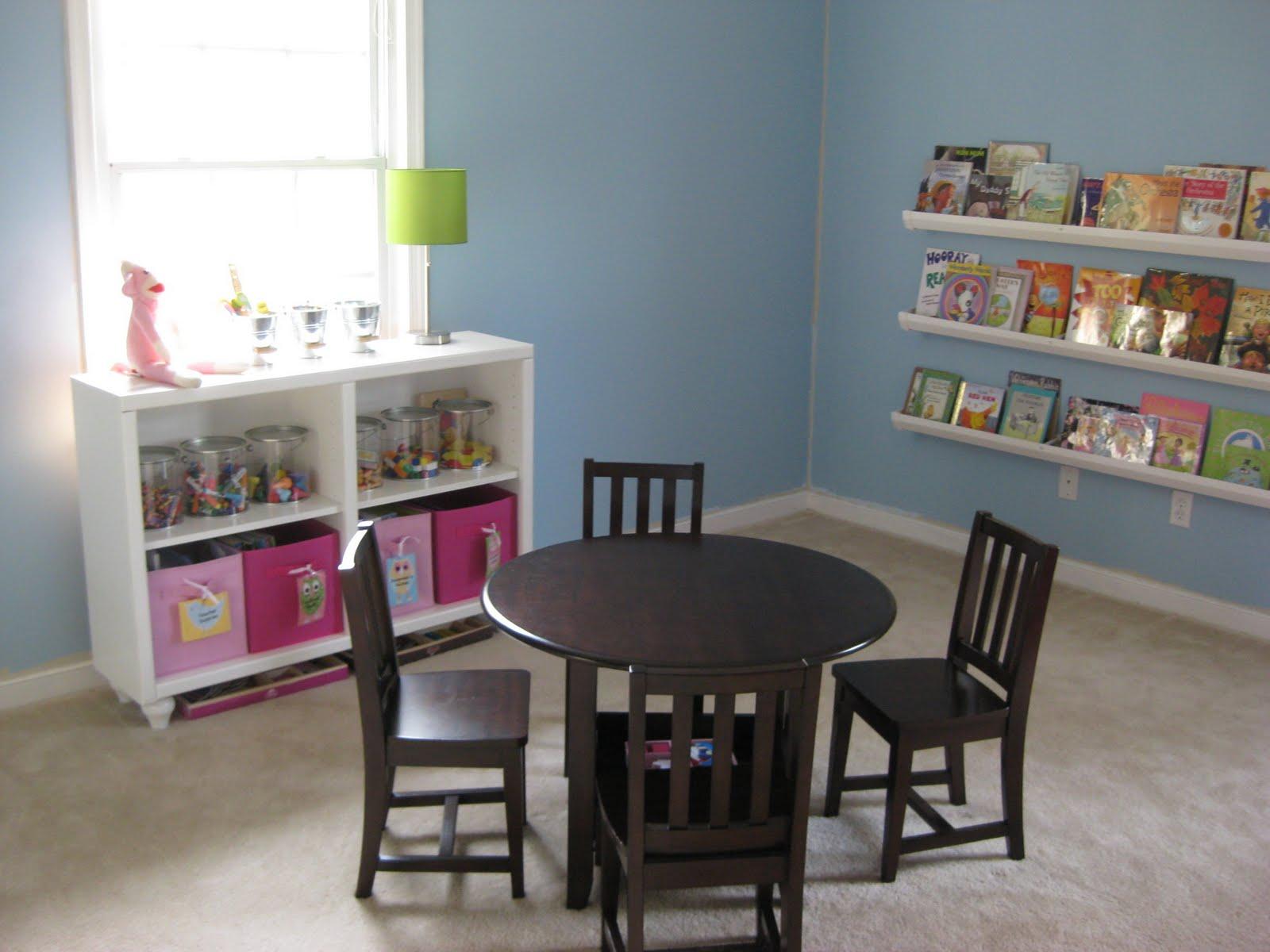the dather family diy hanging bookshelves
