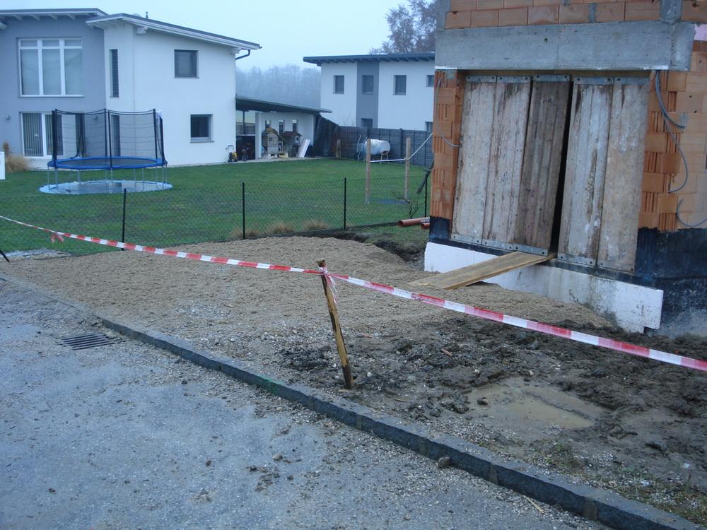 Einfahrt Schotter was tut sich auf malzers baustelle einfahrt zur garage anschütten