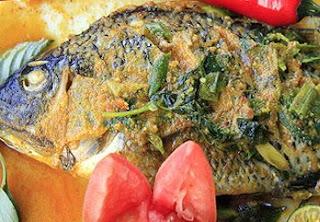 Ikan Mas Woku Khas Manado