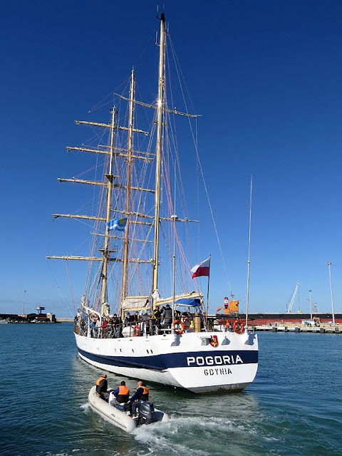 STS Pogoria, port of Livorno