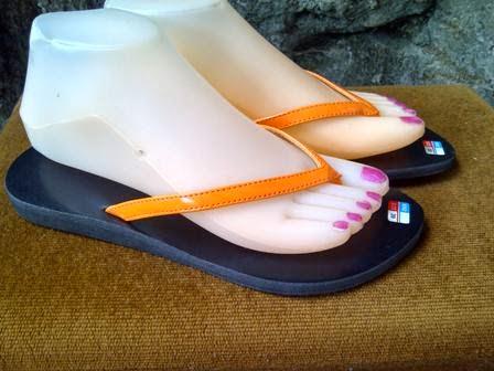 http://www.bajubalimurah.com/2014/02/sandal-oscar.html