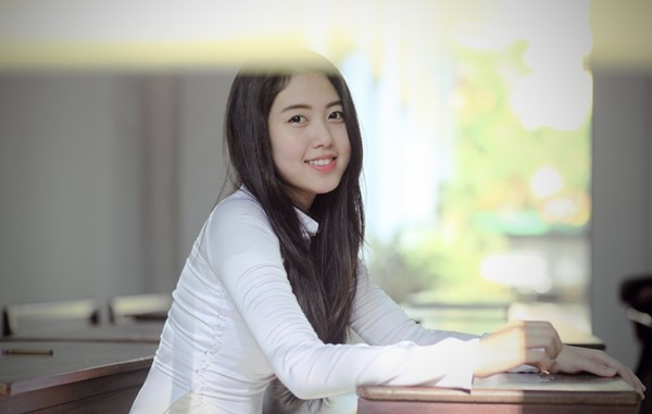 Dương Thể Ny – cute and well-study 9x school girl