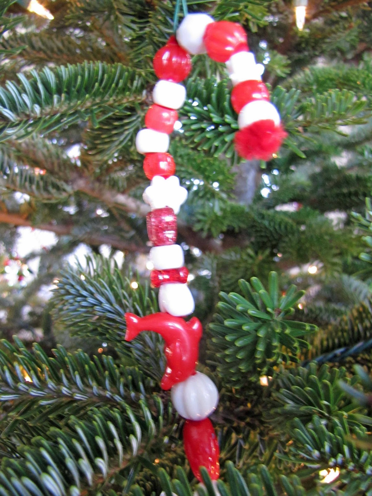 10 easy christmas ornaments the kids can make