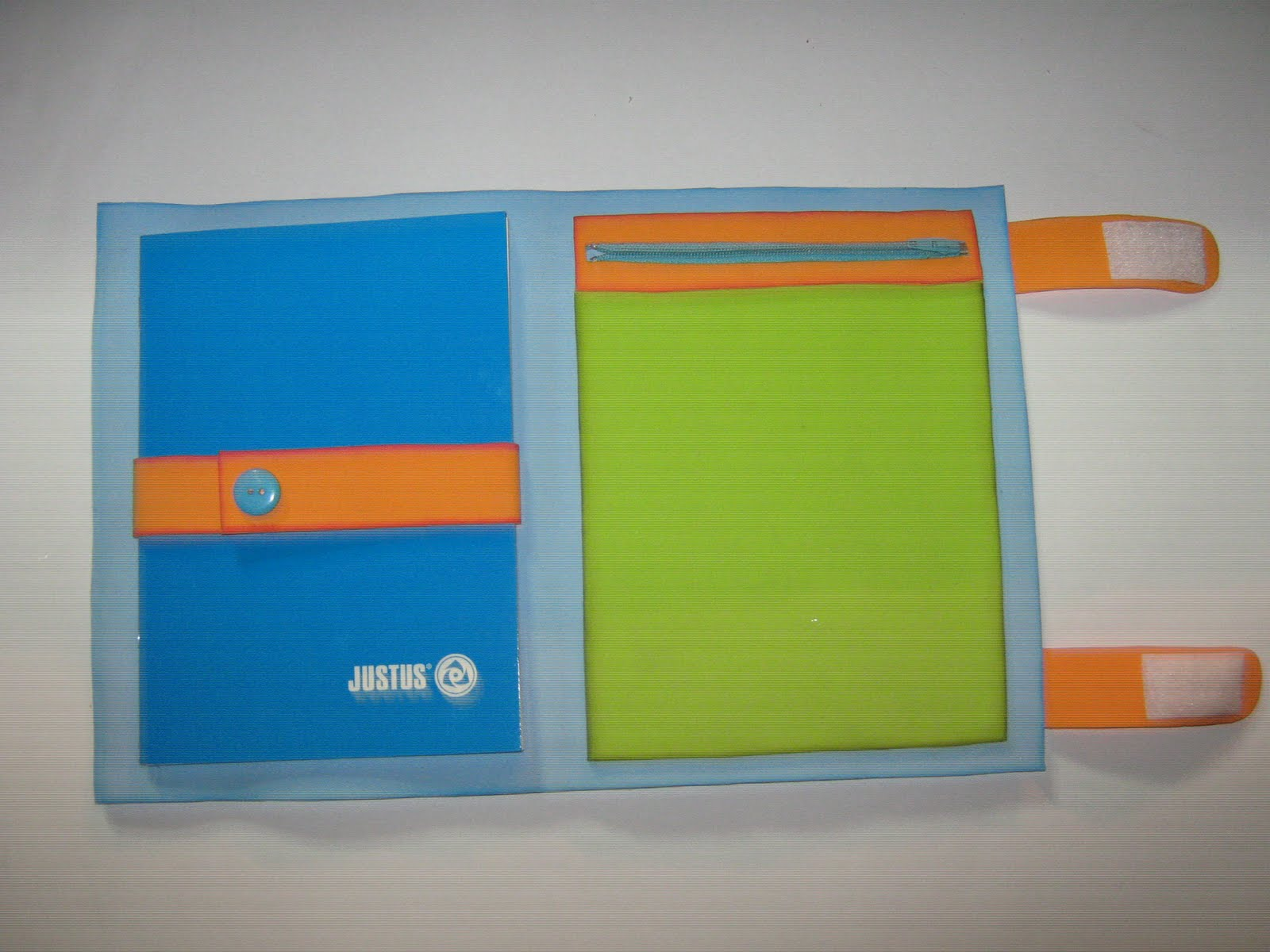 Como hacer un portafolio escolar en foami - Imagui