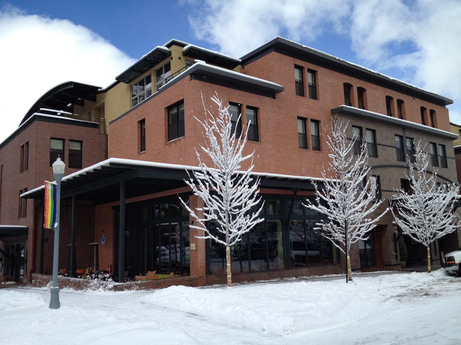 Casual Luxury At Aspen 39 S Oldest And Newest Resort The