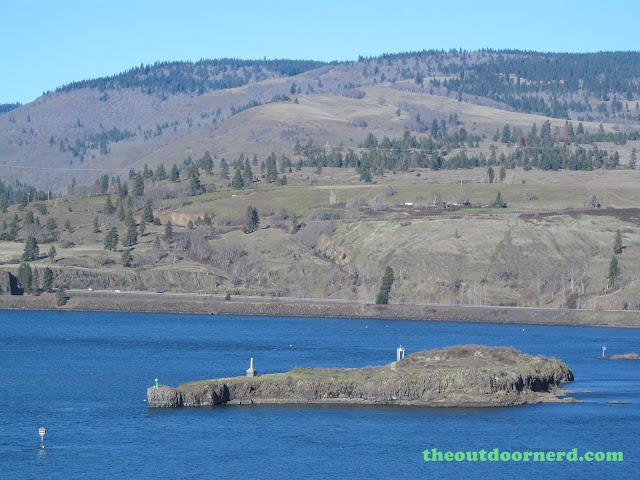 Columbia Gorge View Rest Stop 4